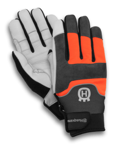 gloves technical with saw protection